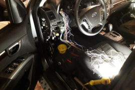 Установка сигнализации с автозапуском Hundai Santa Fe 2011 года (с видео)