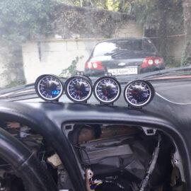 Установка дополнительных датчиков с «Будильниками» на Toyota Celica (с видео)